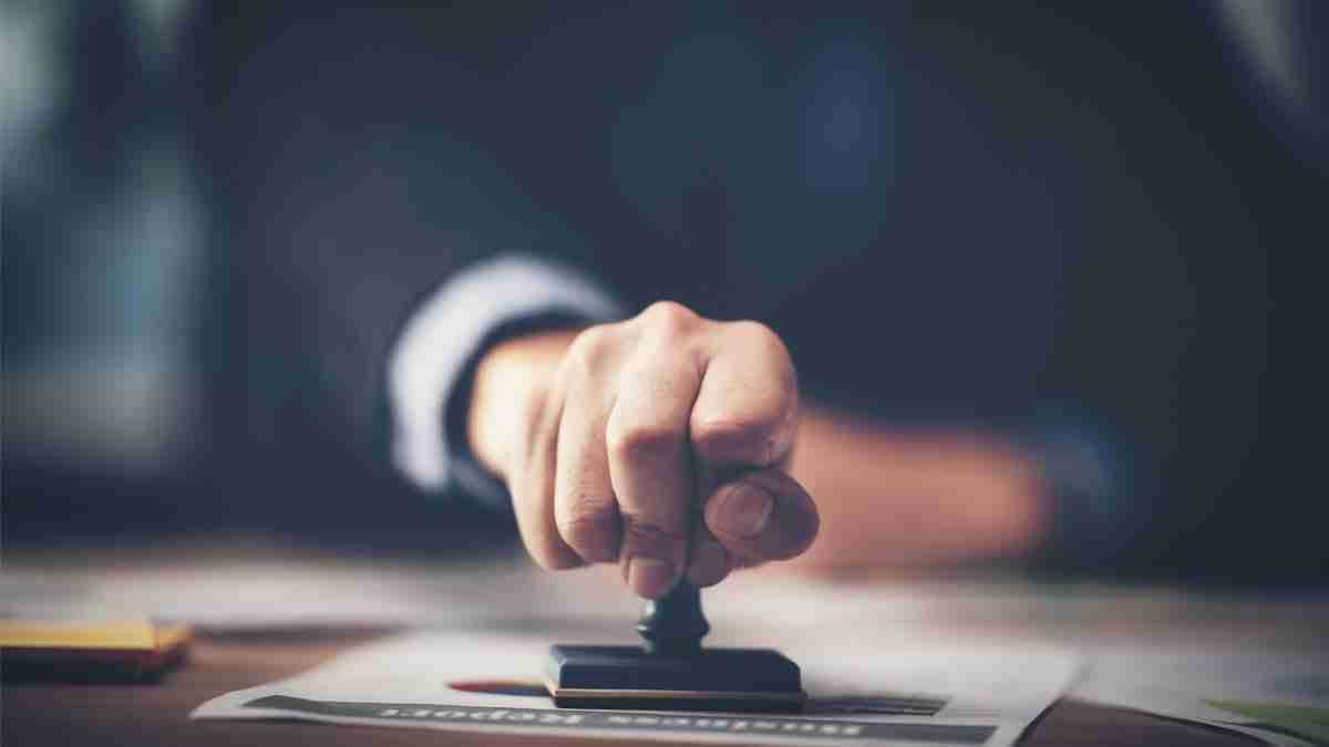 Disposiciones Generales sobre Recusacion y Abstencion en el ejercicio legal 2